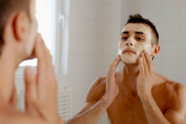 Top 5 sản phẩm trị mụn cho nam giới tốt nhất hiện nay